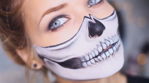 Halloween Half Skull DIY Makeup Tutorial