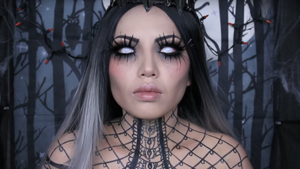 Queen of Darkness Halloween Makeup Tutorial